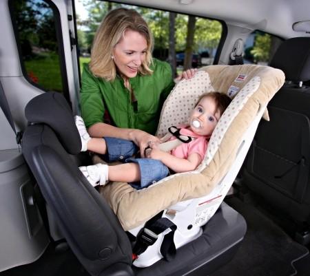 Чем младше ребенок, тем важнее для него возможность спать во время поездки