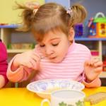Одна из проблем ребенка в детском саду — это снижение аппетита