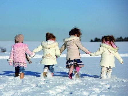 Детям нужно бывать на воздухе в любое время года