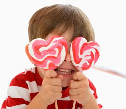 Почему дети так сильно любят сладости?