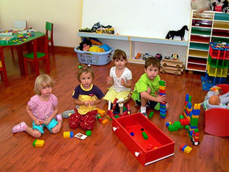 детский сад однозначно рассматривается как положительный фактор