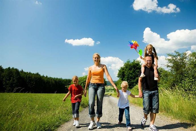 Факторы воспитания ребенка в семье