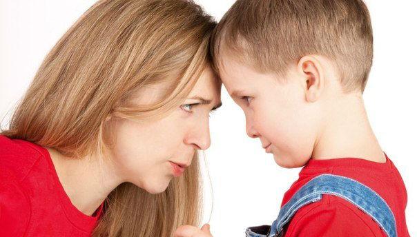 Плохие родители для ребенка лучше, чем хорошая приемная семья – эксперт