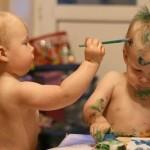 Чем занять ребенка дома? Советы молодым мамам