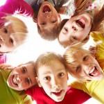 У детей все по-взрослому: лидеры и массовка
