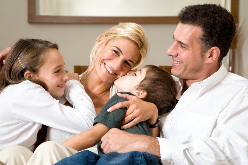 Семья и ребенок - зеркальное отражение друг друга