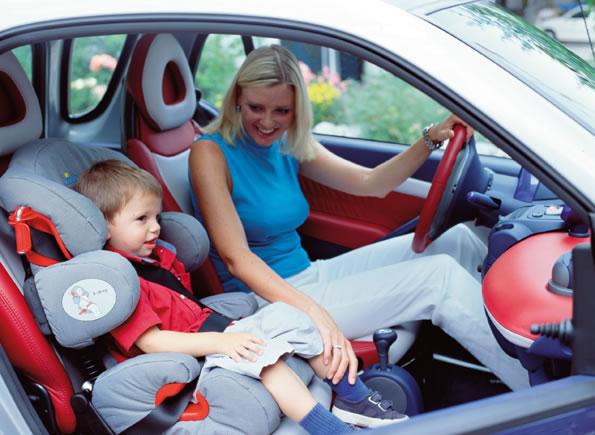 10 распространенных ошибок при установке детского автокресла