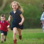 Избыток похвалы может сделать детей слишком самовлюбленными