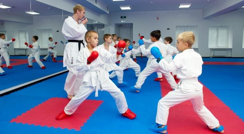 С раннего возраста поощряйте подвижные игры