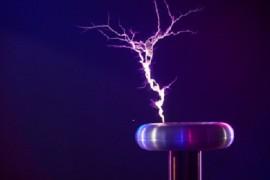 Научные шоу с электричеством для самых искушенных маленьких зрителей!