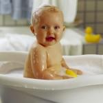 Гигиена лица новорожденного
