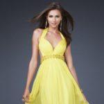 Нужно ли иметь вечернее платье в гардеробе?