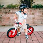 Выбор беговела для ребенка от трех лет