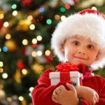 Роспотребнадзор рассказал, как правильно выбрать подарок ребенку на Новый год