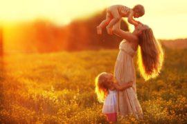 Самоубийственно принижать роль женщины как матери