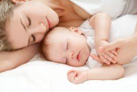 Как понять, что ребенку не хватает грудного молока