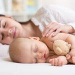 С какого возраста необходимо отучать ребенка от совместного сна?