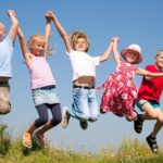 Нервные тики у детей: причины возникновения и лечение