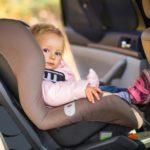 С 1 января 2017г. в России запрещено оставлять детей одних в машине