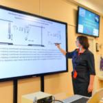 Собянин: проект «Электронная школа» создаст в Москве динамичную образовательную среду