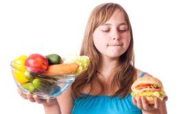 Как родители доводят детей до ожирения