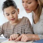 """Британские родители не помогают детям с домашними заданиями, потому что """"боятся опозориться"""""""