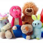 Детям лучше дарить традиционные игрушки