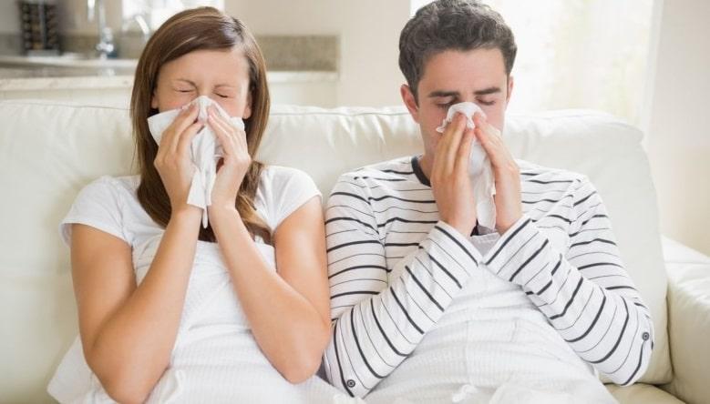 Как не заразиться, если муж болеет