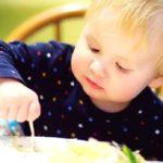 ребёнка переводят на взрослый стол (2,5-3 года)